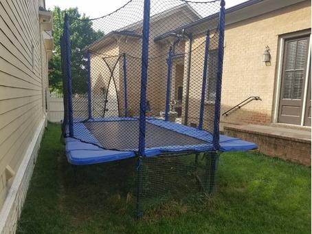 10x17 JumpSport Trampoline w/ Net & Ladder